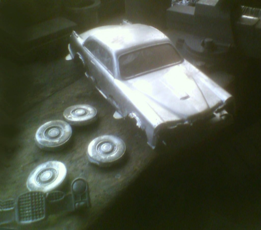 Premier tirage Facel Vega FV1 en 2 parties JDR Paris - Voitures circulaires made in France, tether cars en fonte d'aluminium